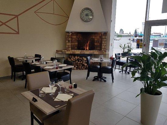 Cavignac, Γαλλία: Restaurant l'Escale entre Terre et Mer