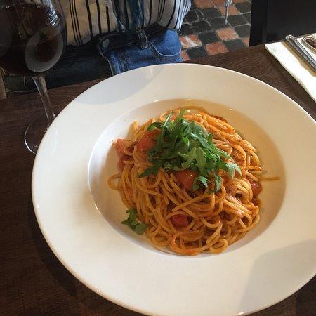 Ballinasloe, Irlanda: Delicious food and great selection of drinks