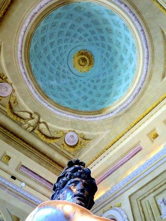 Uffizi Galleries: In the corridor