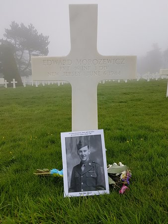 Litteau, Francia: Edward Morozewicz medic with 16th INF 1st Div (1st wave)