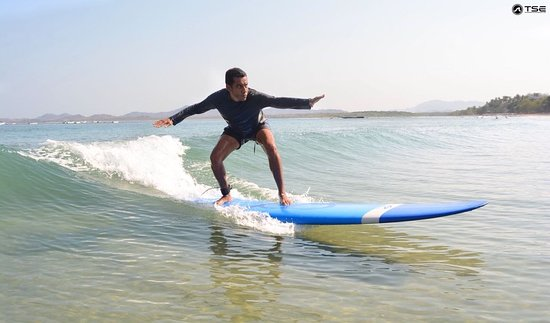 Tamarindo Surf Experience: I´m a total beginner and in my third try conquest my first wave…It was amazing!