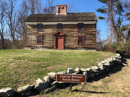 Massachusetts: historical sites along the way