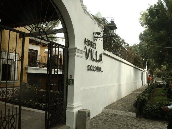 Villa Colonial: Entrance