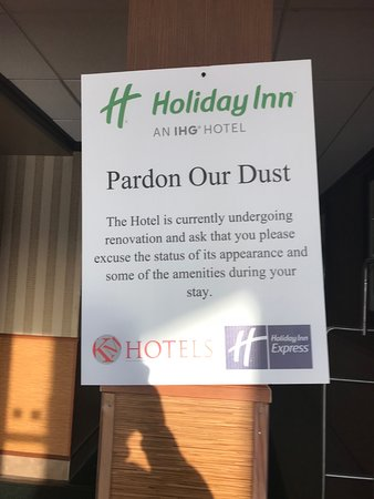 Holiday Inn Richmond I 64 West End: This sign was on ALL the exterior doors, and inside, too. Amenities were indeed missing.