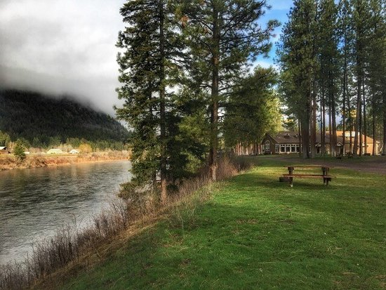 Alberton, MT: River Edge Resort