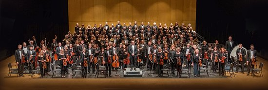 The Santa Cruz Symphony with Maestro Daniel Stewart and the Cabrillo Symphonic Chorus