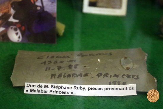 Warluis, Frankrike: Intérieur du musée 4
