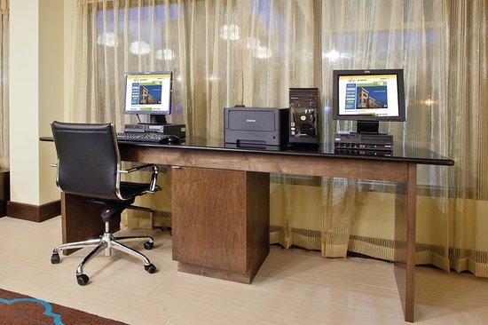 LaGrange, GA: Business center