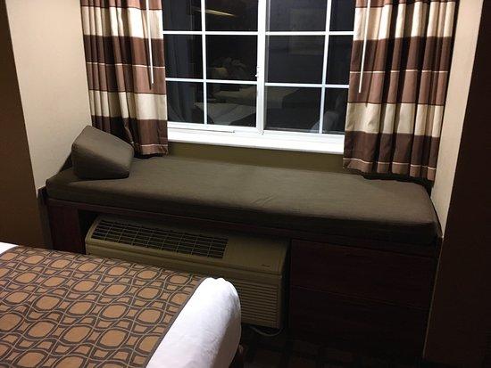Microtel Inn by Wyndham Beckley: Great night stay.