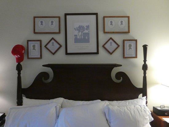 The Carolina Inn: Nice Bed...