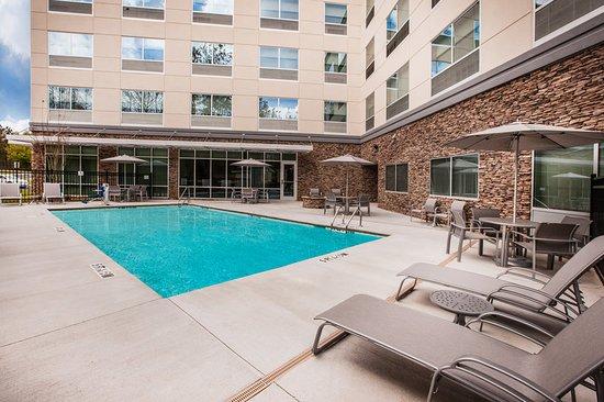 Holiday Inn Express Rochester - Greece: Pool