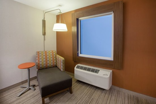 Holiday Inn Express Rochester - Greece: Guest room amenity
