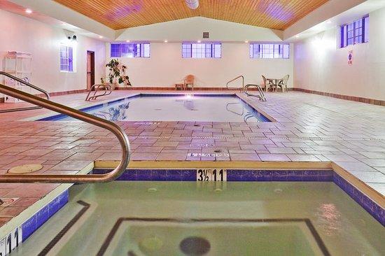 Holiday Inn Express Santa Rosa: Pool