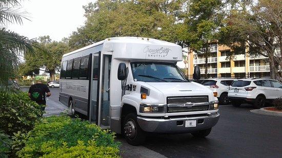 Ramada Orlando Near Convention Center: Estacionamient y Transporte Gratuito a Universal