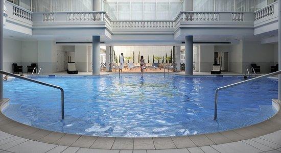 waldorf astoria trianon palace versailles hotel voir les tarifs et 1 224 avis. Black Bedroom Furniture Sets. Home Design Ideas