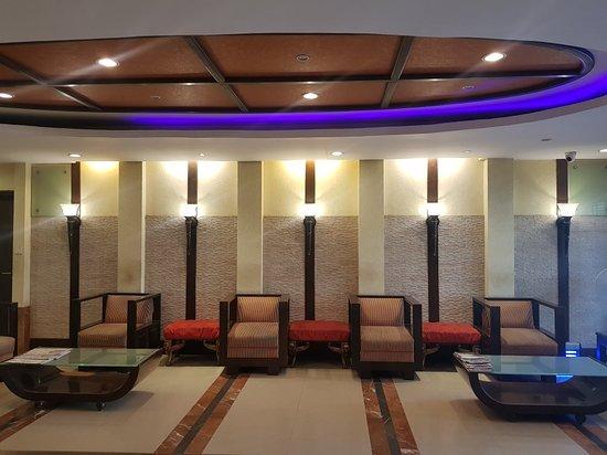 Hotel Pooja Palace: TA_IMG_20180424_091848_large.jpg