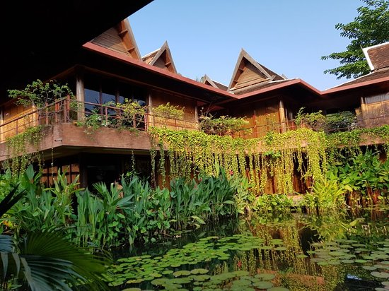 Angkor Village Hotel: 20180422_071713_large.jpg