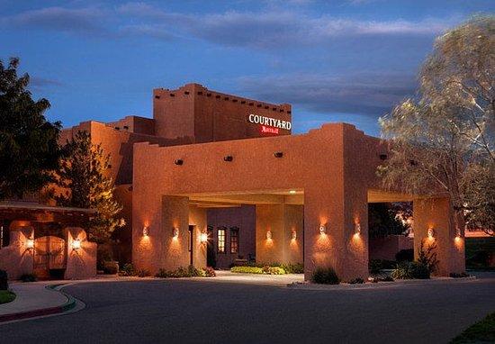 Courtyard Albuquerque: Exterior