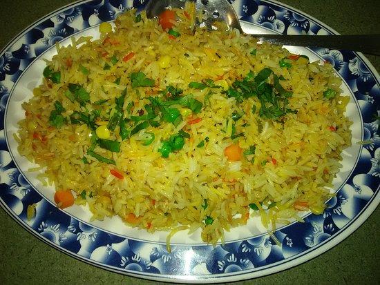 Loma Linda, Californië: Vegetable Fried Rice - Pakistani Style