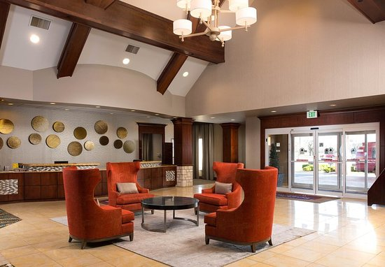 Residence Inn Kansas City Airport: Lobby