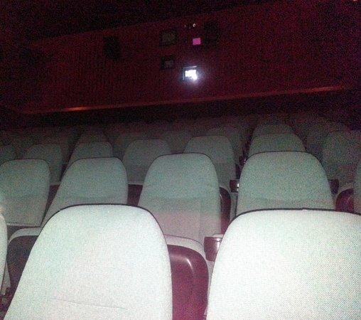 Elmhurst, IL: seating