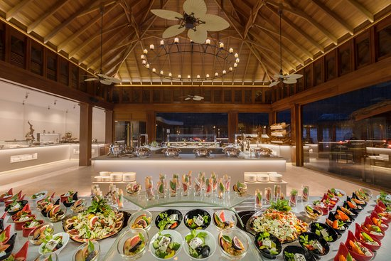 Dusit Thani Maldives: The Market Restaurant
