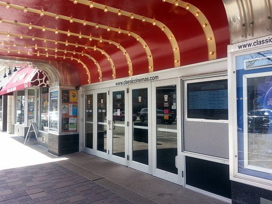 Elmhurst, IL: the entrance to the York Theatre of Classic Cinemas