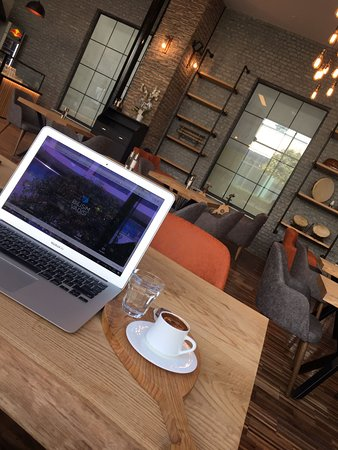 Nikriz Cafe Restaurant