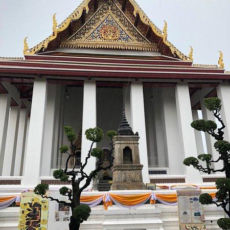 Wat Suthat : photo7.jpg