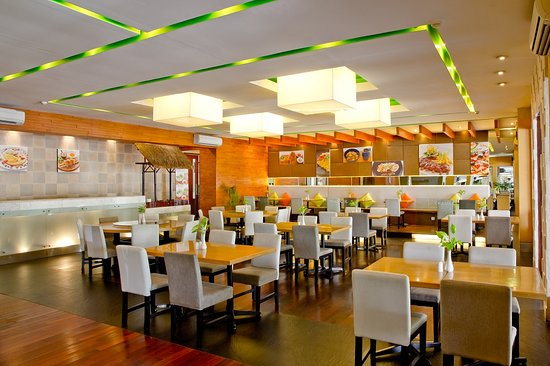 Bali Rani Hotel: Brasserie indoor with AC