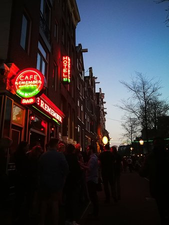 Hotel 83 Amsterdam: IMG_20180418_210006_large.jpg