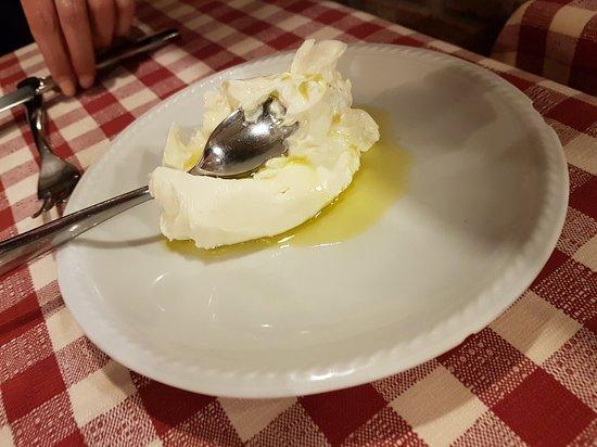 Al Bacaro: mangiare di benvenuto, piu antipasti piu primi.