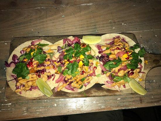 Thirroul, Australia: Prawn Tacos