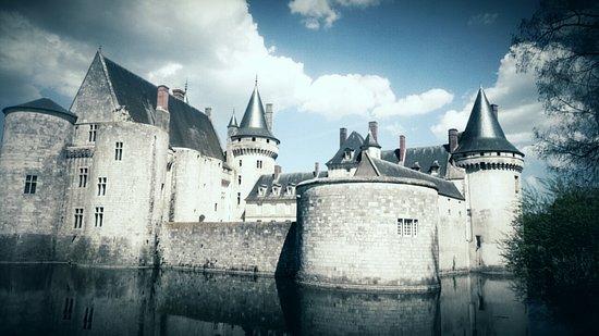 Sully-sur-Loire صورة فوتوغرافية