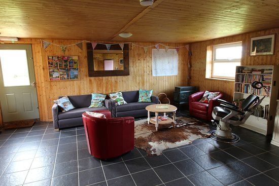 Northlew, UK: chill out area in shower block