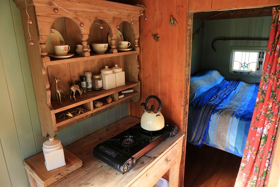Northlew, UK: Inside the shepherds hut