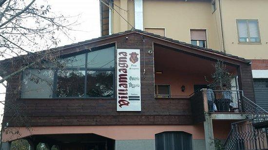 Vaiano, Italien: L'esterno del ristorante