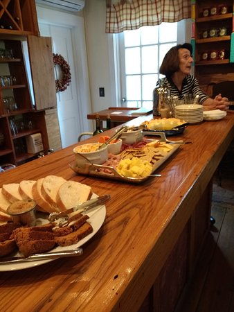 The Mast Farm Inn: Afternoon mixer (Simplicity's Pantry)