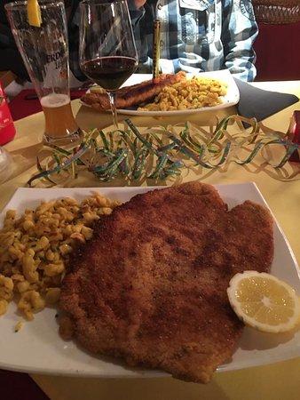 Restaurant Häxehüsli: Wiener und Cordi