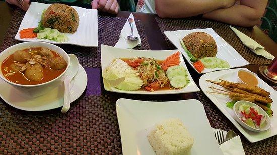 Palm 18 Bar & Restaurant: Good Food