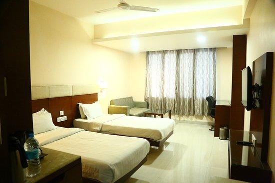 Interior - Picture of Castle Inn, Khandwa - Tripadvisor