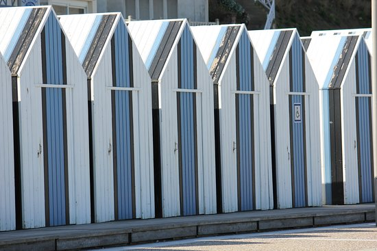 Yport, France: Some of the many well looked after beach huts.