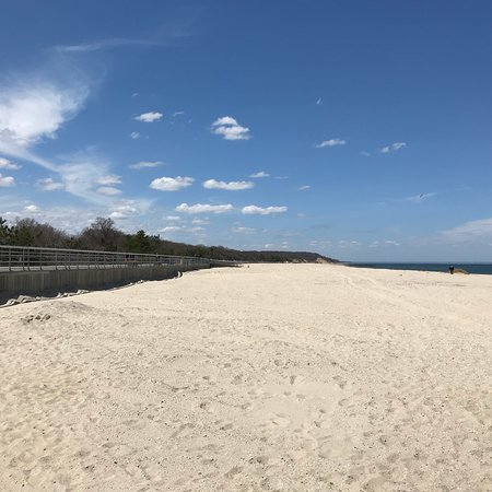 Kings Park Long Island Beach