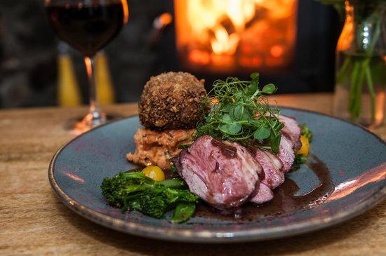 Butterflies Bar & Kitchen: Duo of Welsh lamb