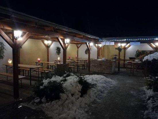 Nova Dedinka, Slowakei: vianočná terasa