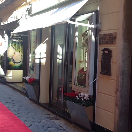 Alassio, Italy: Papiq