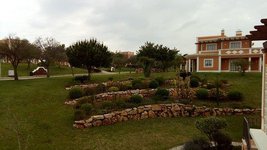 Colina da Lapa Resort: the gardens