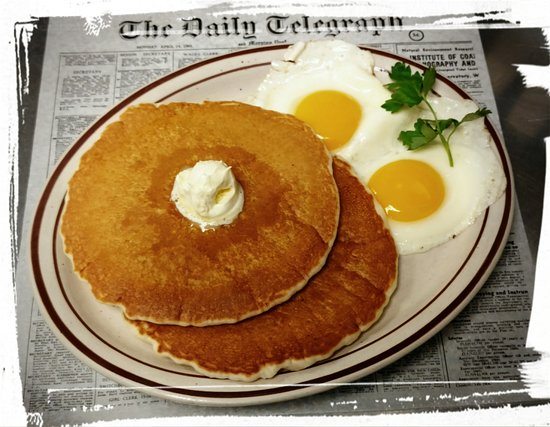 Pequot Lakes, MN: Eggs and Pancakes!