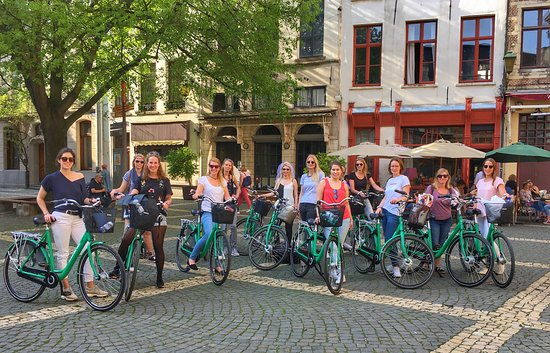‪Antwerp Bike Tours‬