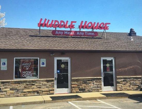 Lanham, MD: Huddle House Greenbelt